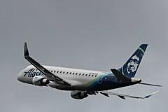 N633QX-PAE-06-07-2019a (swbkcb) Tags: everettpainefield pae kpae n633qx embraer emb175 alaskaairlines