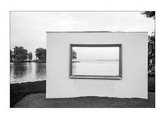Framing (K.Pihl) Tags: leicam5 35mmsummiluxf14 monochrome schwerin blackwhite film ilfordfp4100 schwarzweiss bw pellicolaanalogica analog perceptolstock