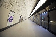 Farringdon Station_327821 (Crossrail Project Press Images) Tags: crossrail woolwich whitechapel tottenham court road route control centre romford paddington maintenance management plumstead liverpool street farringdon canary wharf bond station testing comissioning