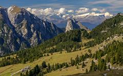 Foresight (NiBe60) Tags: berg alpen europa italien venetien belluno südtirol dolomiten strudelkopf hohe gaisl dürrenstein pragser dürrensteinhütte almhütte plätzwiese prato piazza ausenforts alpenhauptkamm ahrnthaler gletscher mountain alps europe italy veneto south tyrol dolomites braies alpine hut exterior fort main ridge ahrnthal glacier