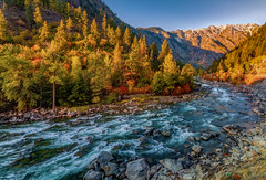 Rolling On The River (Cole Chase Photography) Tags: autumn fall fallcolors wenatcheenationalforest october washingtonstate scenic pacificnorthwest tumwatercanyon