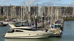 Port de Blankenberge- 7601 (✵ΨᗩSᗰIᘉᗴ HᗴᘉS✵84 000 000 THXS) Tags: iphone blankenberge belgium europa aaa namuroise look photo friends be yasminehens interest eu fr party greatphotographers lanamuroise flickering