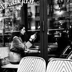 12Q19 (photo & life) Tags: paris france ville city cityscape rue street streetphotography blackandwhite noiretblanc jfl photography photolife™ humanistphotography squareformat squarephotography girl woman life citylife people leicaq2 q2 leica