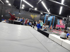DSCN8223 (mestes76) Tags: 031619 duluth minnesota airpark planet3 trampolinepark jumping trampolines people strangers