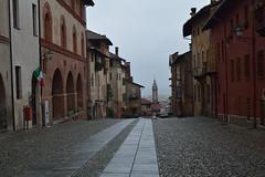 DSC_3925_5564. Strada con panorama - Street with panorama. (angelo appoloni) Tags: piemonte saluzzo via del castello