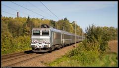 SNCF 522244 @ Becquigny (Steven De Haeck) Tags: becquigny picardie france frankrijk busigny saintquentin sncf nezcassé bb22200 corail ter intercités maubeuge paris herfst