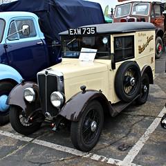 313 Morris Minor Van (1938) (robertknight16) Tags: morris british 1930s minor van gpo telegraph maidsofhonour brooklands brooklands2016 exm735 newens
