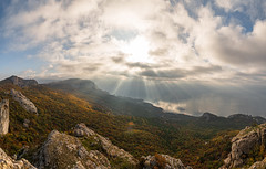 Ilyas Kaya Peak (gubanov77) Tags: crimea mountains nature sun sunrays sunlight clouds autumn sea topview tourism nationalgeographic крым ilyaskaya laspi travelphotography travel landscape