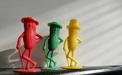 2019 Three Planters Mr Peanut Mascots Red Green Yellow 7313 (Brechtbug) Tags: 2019 three planters vintage mr peanut green red yellow plastic salt pepper shakers gentleman nut cane monocle spats formal wear advertising logo mascot toy toys top hat october 10242019 triplicate peanuts smiling surrealist pop art
