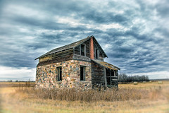 The Stone mason's house (L E Dye) Tags: colorefex ruraldecay fieldstone 2019 abandonded alberta canada clouds d750 ledye nikon pse fall prairie rural