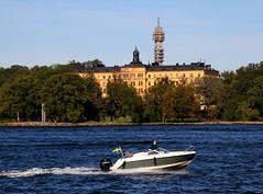 2019-09-21 (Giåm) Tags: stockholm djurgården saltsjön manillaskolan kaknästornet sverige suede sweden schweden giåm guillaumebavière