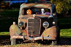 DeadEnd1Smaller (2) (Rich Mayer Photography) Tags: car auto skeleton halloween skeletons pumpkin trick or treat dead end