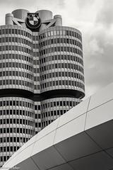 München Munich (andreasscharr) Tags: canon canon5dmarkiv ef24105mmf4lisusm münchen munich blackwhite schwarzweis einfarbig monochrom hochhaus skyscraper architecture architektur bayern bavarian germany gebäude deutschland city