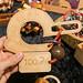 Handrätsel aus Holz und IQTest 100 als Herausforderung