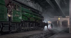 End of the Shift (photofitzp) Tags: 5900 atmosphere didcot engineshed gwr hindertonhall nightphotography timelineevents