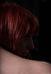 Perdue dans ses pensées (BenoitGEETS-Photography) Tags: pensive penser rêveuse dreamer d610 nikon 2470 tamron visage younglady woman jeunefemme nikonpassion roux rousse redhair red rouge rosse rod rode hair cheveux