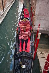 Gondolier (Nigel Musgrove-3 million views-thank you!) Tags: rialto bridge ponte venezia italia italy grand canal gondolier