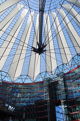 5-067 Potsdamer Platz Sony Center (Gé Nielissen) Tags: berlijn 2019 duitsland potsdamerplatz sonycenter