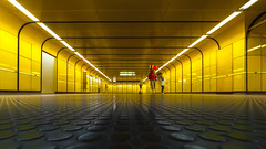 red balloon (Blende1.8) Tags: bonn underground tunnel ubahn metro yellow gelb balloon ballon red street mother child children mutterundkind streetphotography people public wideangle sigma sigma1224mmhsmii 1224mm