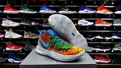 """Nike Kyrie Irving 5 / 7.5 - 8 - 8.5 - 9 - 9.5 - 11  us • <a style=""""font-size:0.8em;"""" href=""""http://www.flickr.com/photos/40658134@N04/48957620033/"""" target=""""_blank"""">View on Flickr</a>"""
