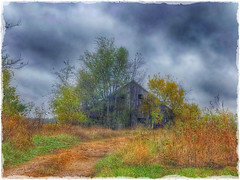 Only the lonely..... (Sherrianne100) Tags: lonely dilapidated abandoned weathered fall autumn oldbarn barn ozarks missouri