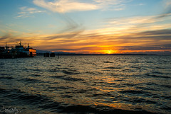 Puget Sound Sunset (Daren Grilley) Tags: seattle puget sound olympics wsf ferry terminal edmonds sony alpha a200 sigma