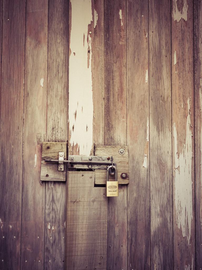 shrine of amana locked door