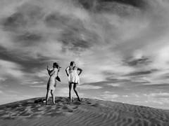 Maspalomas (denismartin) Tags: maspalomas beach dune sand two noiretblanc blackandwhite people canaries canary islascanarias canarias grancanaria sky cloud nature espaciosnaturalesgrancanaria denismartin travel spain