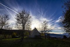CANSIGLIO. SPERT D'ALPAGO (FRANCO600D) Tags: cansiglio alpago spertdalpago baita bosco tramonto controluce alberi tree montagna mountains bl bellunese veneto canon eos600d franco600d 737 49 1