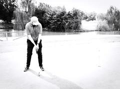 6940 - Putt (Diego Rosato) Tags: green verde golf club parco medici bianconero blackwhite sport fuji x30 rawtherapee putt