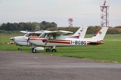 C152 I-BGBG (Simone Pisanelli) Tags: ceesna c152 lime bergamo airport general aviation airplane aircraft aeroclub enav enac taxiway runway
