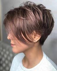25+ Dernier Court et à Moyen Coiffures (votrecoiffure) Tags: 2019 cheveux coiffure votrecoiffure
