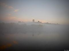 El Duero y la niebla (Luicabe) Tags: airelibre amanecer arquitectura castillo catedral cielo cúpula duero edificio enazamorado exterior iglesia luicabe luiscabello naturaleza ngc niebla nube paisaje reflejo río torre yarat1 zamora
