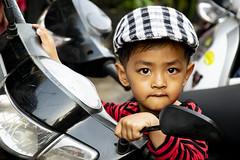 Boy from Phnom Penh (Valdas Photo Trip) Tags: cambodia phnom penh street photography portrait happyplanet asiafavorites