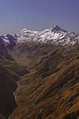 Cessna View Caucasus (E-C-K ART) Tags: mestia kutaisi georgia cessna fly flight snow mountain mountains valley river autumn fall