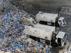 X_P1460448 (Menny Borovski) Tags: newyorksanitationtrucks garbagecollectiontrucks simsmunicipalrecyclingsunsetparkmaterialrecoveryfacility sims municipal recycling materialrecovery brooklyn sunsetpark newyork