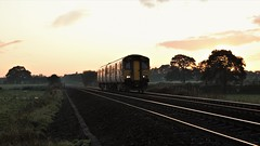Dusky DMU (TimboM) Tags: plumley midcheshireline cheshirelines footcrossing 150210 dmu class150 northern northernrail 2h33