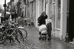Cambridge October 2019 (haiku-do.photography) Tags: streetphotography streetphoto streetphotographer streetphotographybw monochrome blackandwhite blancoynegro bnw nikon streetpeople cam cambridge cambridgestreetphotography