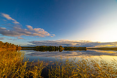 September evening (Arttu Uusitalo) Tags: landscape lake lakescape shore wideangle sunset evening autumn fall scenic scenery clouds blue sky yellow orange north ostrobothnia finland canon eos 5d mkiv samyang 14
