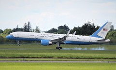 air force one c-32a 09-0015 landing at shannon 5/6/19. (FQ350BB (brian buckley)) Tags: airforceone af1 usaf c32a 090015 einn