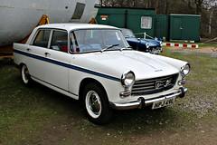 340 Peugeot 404 (1969) (robertknight16) Tags: peugeot france french 1960s 404 pininfarina brooklands brooklands2016 npj49l