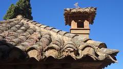 Close-Up, Tiled Roof, Palacio del Generalife, La Alhambra, Granada, Andalusia, Spain (dannymfoster) Tags: spain andalusia andalucia granada alhambra laalhambra generalife palace palacio palaciodelgeneralife roof
