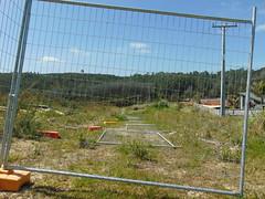 20191026-142453 (LSJHerbert) Tags: auckland geo:lat=3657560700 geo:lon=17467952000 geotagged newzealand nzl orewa 20191026wtk viewranger fence housingdevelopment publicreserve