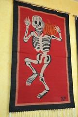Zapotec Tapete Weaving Oaxaca Mexico (Teyacapan) Tags: oaxaca mexican tejidos weavings calaca skeletons zapotec halloween diademuertos tapete
