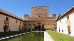 Patio de los Arrayanes (Court of the Myrtles) and Crenellated Tower of Alcazar (Fortress), Palacios Nazaríes, La Alhambra, Granada, Andalusia, Spain (dannymfoster) Tags: spain andalusia andalucia granada alhambra laalhambra palace palacio palaciosnazaries patio patiodelosarrayanes courtofthemyrtles pond