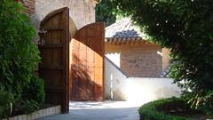 Attractive Entrance Doors, Palacio del Generalife, La Alhambra, Granada, Andalusia, Spain (dannymfoster) Tags: spain andalusia andalucia granada alhambra laalhambra generalife palace palacio palaciodelgeneralife door