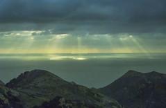 Giochi di luce 1988 (RoLiXiA) Tags: sardegna sardinia sardaigne sardinien cerdeña bosa alghero mare cielo nuvole clouds analogico elitegalleryaoi bestcapturesaoi aoi