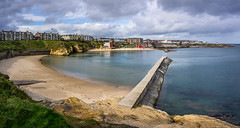 Cullercoats Bay (ianrwmccracken) Tags: sea beach england bay water pier cullercoats coast panorama sony a6000 tyneside landscape shore