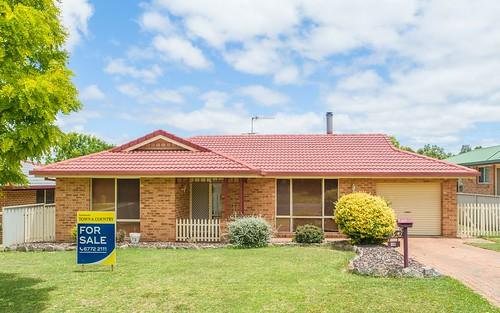 16 Ishbell Drive, Armidale NSW 2350