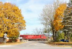 Orange on orange (MN transfer) Tags: canadianpacific railway cp cprail riversub minnesota railroad freight train october26th2019 fall autumn